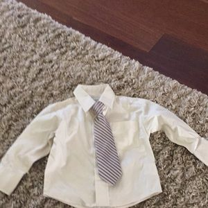 Boys size 2t shirt with tie